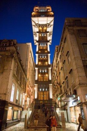 """Portugal - Lissabon Lisbon: The elevator """"Santa Justa"""" (""""Baixa elevador"""").- Night shot -"""